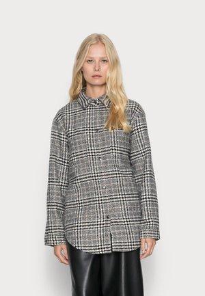 SC-TROYA 2 - Short coat - black combi