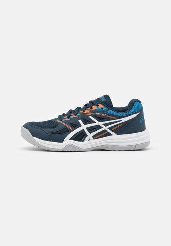 UPCOURT GS UNISEX - Handball shoes - french blue/white