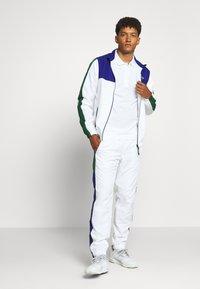 Lacoste Sport - CLASSIC KURZARM - Polo - white - 1