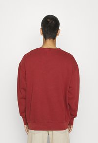 Levi's® - PRIDE RELAXED GRAPHIC CREW UNISEX - Sweatshirt - blacks - 2