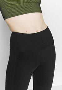 Cotton On Body - STRIPE CAPRI - Leggings - black - 4