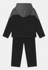 Nike Sportswear - MIXED MATERIAL SET - Tracksuit - black - 1