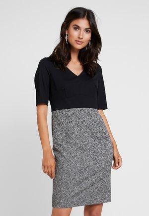 KURZ - Pouzdrové šaty - black