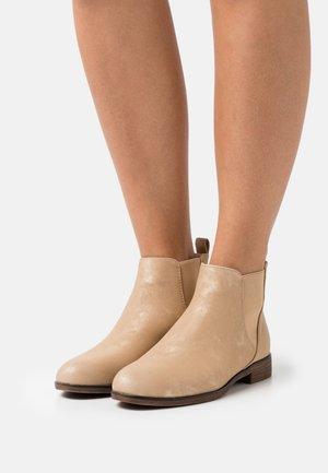 COMFORT - Boots à talons - gold