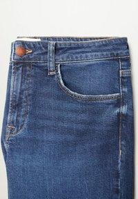 Violeta by Mango - MARTINA - Bootcut jeans - dark blue - 5