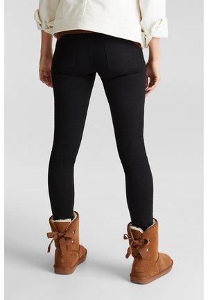 Winter boots - caramel