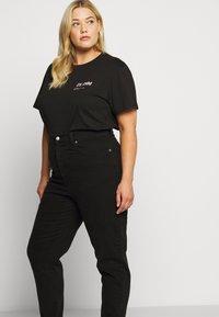 Dr.Denim Plus - MELROSE PLUS TEE - Print T-shirt - black wordmark - 5