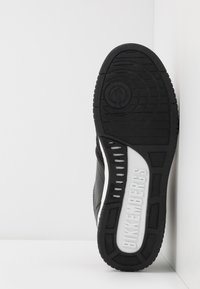 Bikkembergs - SIGGER - High-top trainers - black/white - 4