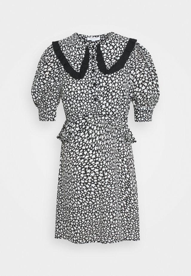 STAR COLLAR DRESS - Day dress - mono
