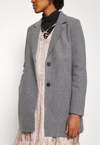 Vero Moda - VMDAFNELISA JACKET - Short coat - dark grey - 5