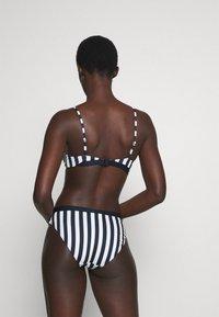 Tommy Hilfiger - CORE SOLID BRALETTE - Bikini top - blue - 2