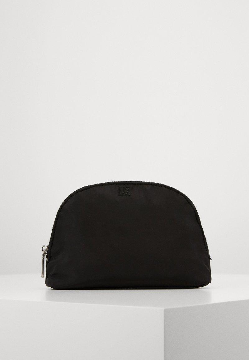 InWear - TRAVEL COSMETICS CASE - Wash bag - black