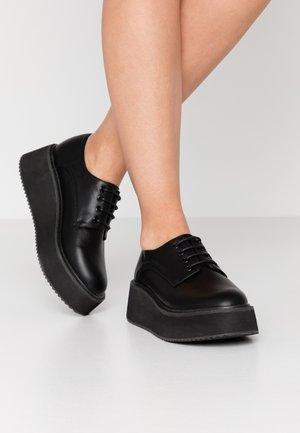 VEGAN  - Lace-ups - black