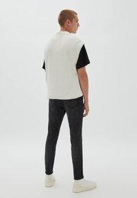 PULL&BEAR - Jeans slim fit - mottled black - 2