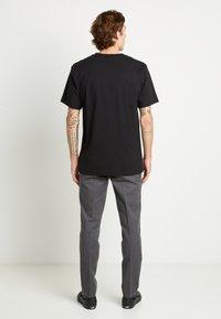 Dickies - PORTERDALE POCKET - Basic T-shirt - black - 2