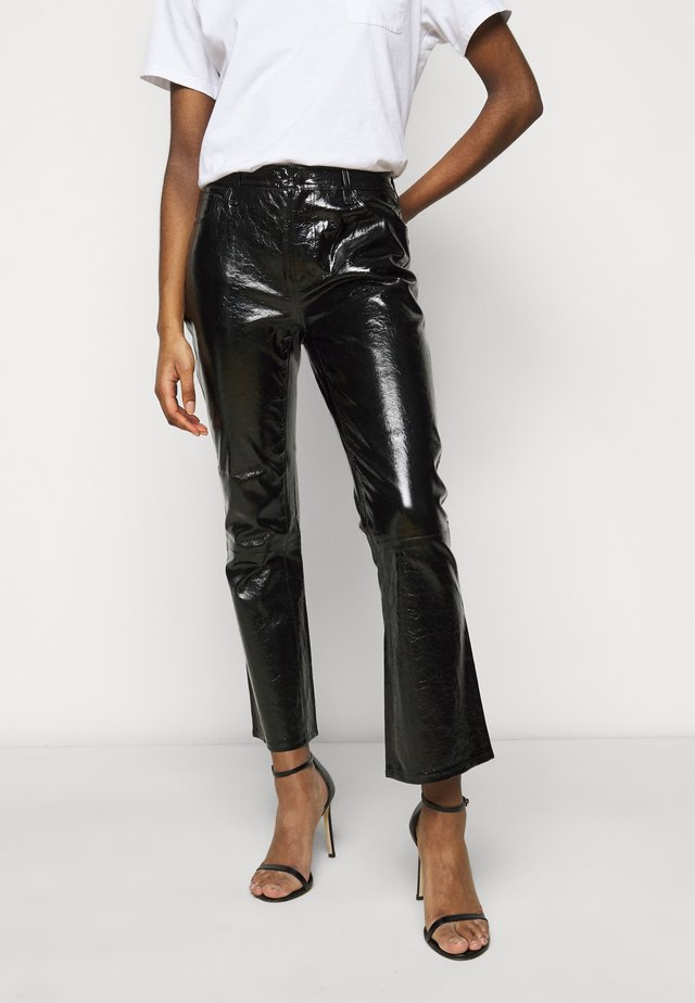 FRANKY HIGH RISE CROP  - Bootcut jeans - patent black