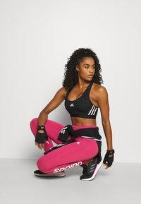 adidas Performance - LOUNGEWEAR ESSENTIALS HIGH-WAISTED LOGO LEGGINGS - Leggings - berry - 1