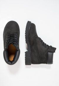 Timberland - ICONIC CLASSICS 6 INCH PREMIUM WP BOOT - Lace-up ankle boots - schwarz - 1