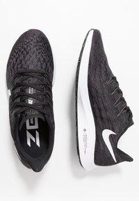 Nike Performance - AIR ZOOM PEGASUS 36 - Löparskor stabilitet - black/white/thunder grey - 1