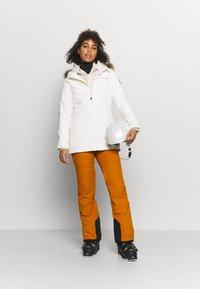 Burton - LELAH - Snowboard jacket - stout white - 1
