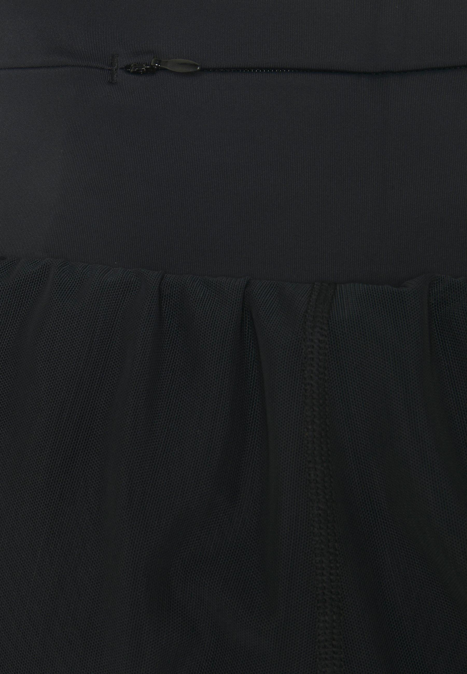 Etam DAMALOR SHORT - Sports shorts - noir 3Ubs8
