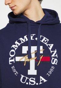 Tommy Jeans - TIMELESS HOODIE UNISEX - Felpa - nightfall - 6