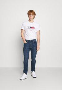 Levi's® - 502™ TAPER HI BALL - Jeans Tapered Fit - havana moon - 1