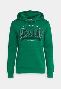 Jack & Jones - Bluza z kapturem - verdant green - 0