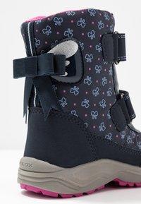 Geox - KURAY GIRL  - Zimní obuv - navy - 2