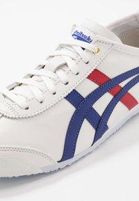 Onitsuka Tiger - MEXICO 66 - Sneakers basse - white/dark blue - 6