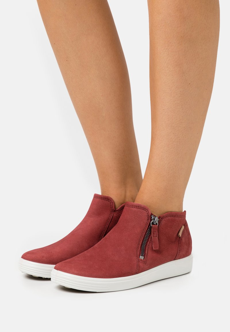 ECCO - SOFT  - Sneakers basse - red