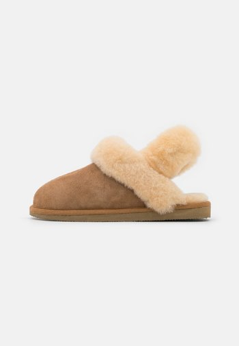 EDITH - Chaussons - chestnut