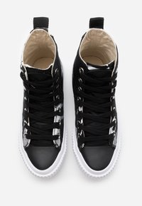 McQ Alexander McQueen - SWALLOW CUT UP - High-top trainers - black/white - 3