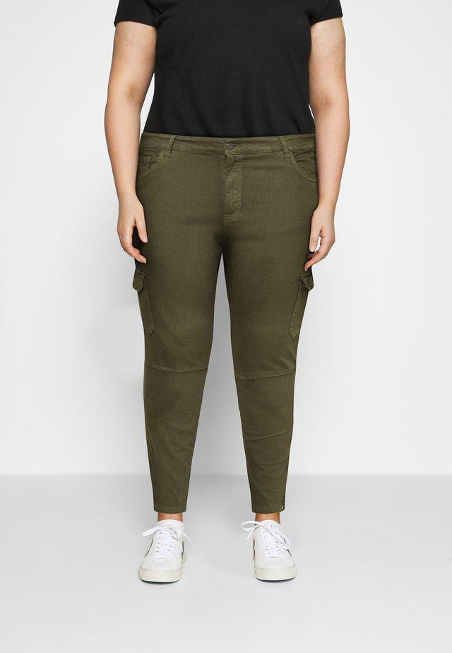 CARKALLA  ZIPPER  PANT - Cargo trousers - kalamata