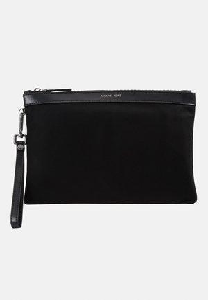 TRAVEL POUCH - Wash bag - black