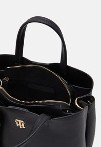 Tommy Hilfiger - CHARMING SATCHEL - Torebka - black - 2