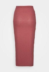 Missguided Tall - MIDI SKIRT - Pencil skirt - red - 1