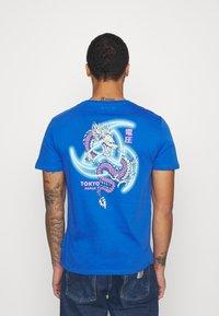 YOURTURN - UNISEX - T-shirt med print - blue - 2