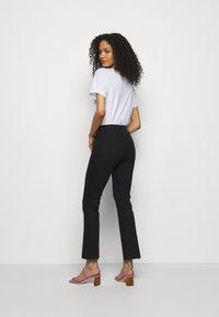 Mother - THE HUSTLER ANKLE FRAY - Jeans Skinny Fit - black - 2