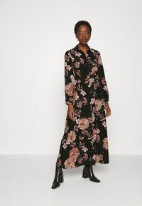 Vero Moda - VMSUNILLA BELT ANCLE DRESS - Maxi šaty - black - 0