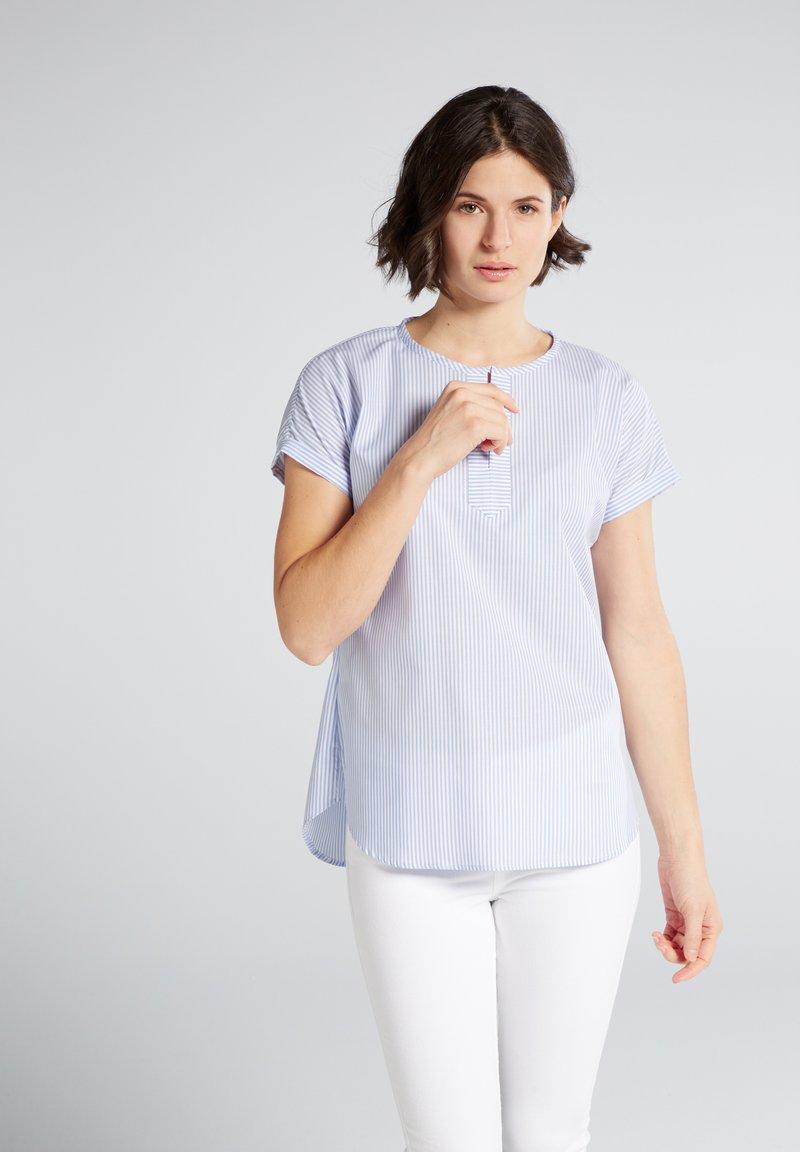 Eterna - MODERN CLASSIC - Blouse - light blue/white