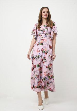 Maxi dress - blass rosa, rot
