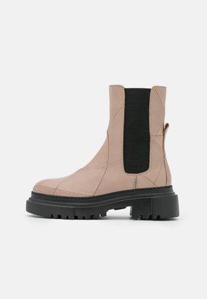 Platform ankle boots - light grey