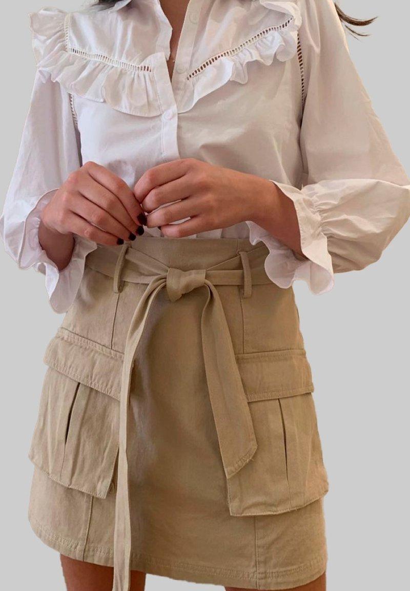 Mottele - Falda acampanada - beige