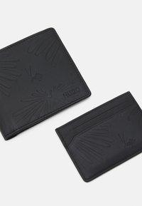 HUGO - UNISEX SET - Wallet - black - 4