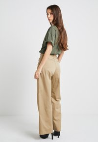 G-Star - ARMY WIDE LEG - Flared jeans - sahara - 2