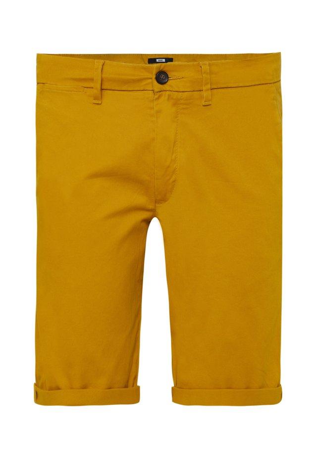 Short - mustard yellow