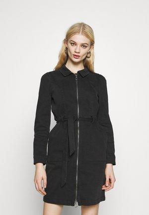 ONLNEW CHIGO DRESS - Denimové šaty - black denim