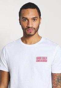 YOURTURN - UNISEX - T-shirt med print - white - 3