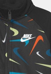 Nike Sportswear - PRINT SET UNISEX - Training jacket - black - 3